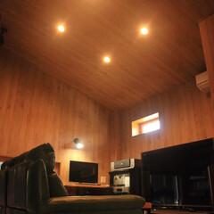 車庫/倉庫 【After】天井を高く、勾配をつけるこ…