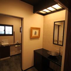 おもてなし/飲食店/手洗器/鉢 【After】 トイレ前室には来客をもて…