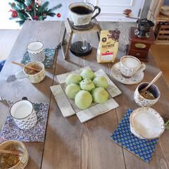 食卓/ドリップスタンド/うつわ/こどもごはん/手作りパン/コーヒー/... 休日の朝、早起きしたので ちぎりパンを作…