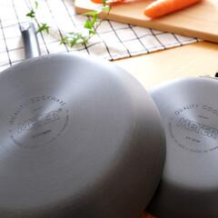 ニトリ/フライパン/MEYER/調理器具/キッチン雑貨 半年ほど前にニトリで買ったフライパン。 …