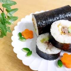 節分/恵方巻/太巻き/韓国風海苔巻き/おうちごはん/料理/... 昨年の節分に作った恵方巻。 韓国風海苔巻…
