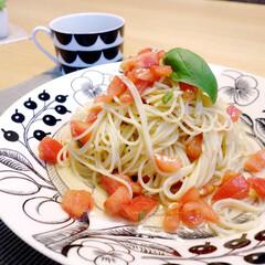 おうちごはん/冷製パスタ/料理/スパゲッティ/トマト 夏に作った、トマトの冷製パスタ。  私が…
