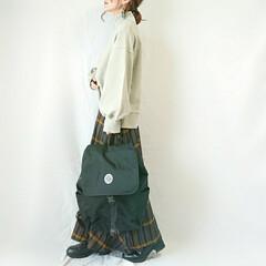 着回し/秋冬ファッション/ママコーデ/ハイネック/ボリューム袖/スウェット/... カラーもシルエットも完璧なスウェット(˶…