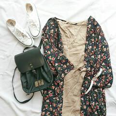 ワンピース/夏ファッション/低身長さん向け/低身長コーデ/ママファッション/リュック/... 最近買ったお気に入りの白コンバース(* …