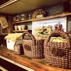 黒板ペンキ/麻袋/モチーフ編み/カゴ/キッチン雑貨/DIY/... キッチンにカゴ。 カゴの中に生活感ありも…