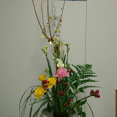 待合室/病院/お花/インテリア/いけばな/生け花/... 月に4回ほど産婦人科病院のお花を活けてい…