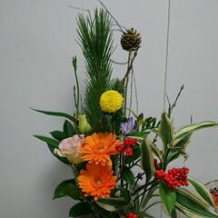 インテリア/コンパクト/松・竹・梅/正月飾り/正月/お正月飾り/... 2階 待合室のいけばなです  コンパクト…
