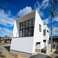 住宅デザイン/設計事務所/設計/注文住宅/住宅/マイホーム/... 外観と玄関.客間まわり♪ : ■haus…