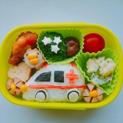 幼稚園のお弁当/お弁当 はたらくくるまのお弁当 救急車弁当🚑