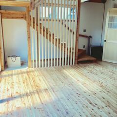 無垢の木/ルーバー/飾り階段 階段下ルーバー