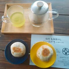 HARIO ティーピッチャー 700ml TPC-70HSV | ハリオ(掃除機)を使ったクチコミ「お茶にしましょう。 おやつに信州のおやき…」