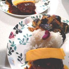 ナルミボーンチャイナ アンナ・エミリア『おばあちゃんへの花束』 24cmプレート(皿)を使ったクチコミ「今夜もワンプレート。 家にある食材で慌て…」