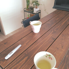 健康的/朝/体温計/習慣/暮らし 体温を測るのは、朝の習慣になりましたねー…