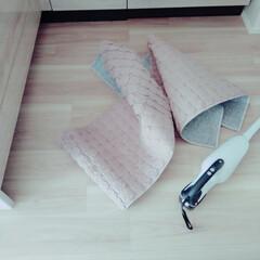 おうちの美化委員/洗濯/家事力/家事/キッチン/キッチンマット キッチンマット洗濯中。 新居では、床シミ…