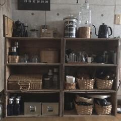 カフェ風インテリア/カゴ収納/りんご箱/カップボード収納/キッチン雑貨 キッチンは一緒の2世帯同居なので、2F廊…