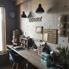 カフェ風インテリア/壁紙/アトリエスペース/作業部屋/雑貨/DIY/... ここで作りものをしたり、手帳をつけたり、…