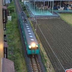 電車/おでかけ 電車を上から見る… なんか、不思議で面白…