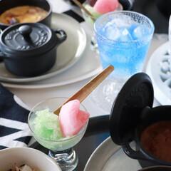 staub ストウブ セラミック ミニラウンドココット ホワイト 40511-083 | STAUB(皿)を使ったクチコミ「夏に涼しげな ブルーの食べ物  ワインゼ…」