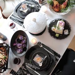 冬の食卓/おうちごはん/おうちカフェ/おしゃれな食卓目指して/ストウブのある暮らし/モノトーンインテリア/... 冬のわが家の食卓 さて1月 春の兆しでし…
