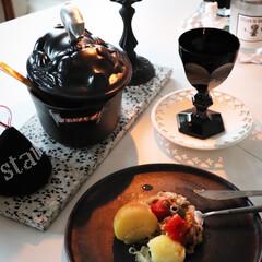 ピコ・ココット オーバル 17cm ブラック(40509-482) | ストウブ(両手鍋)を使ったクチコミ「おうち時間  ワインのお供🍷程度で…」