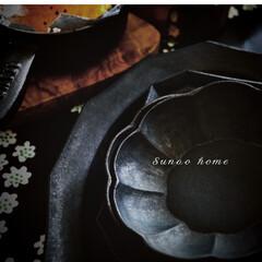 スナオホーム/器好き/黒い器/焼きチーズ/staub/ストウブのある暮らし/... 黒い器が1つあるだけで 料理が引き立つ …