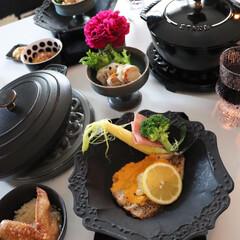 ストウブ オーバルホットプレート 23cm 黒 40509-582 | STAUB(皿)を使ったクチコミ「おうち時間の平日夕食 イワシのチーズ焼き…」
