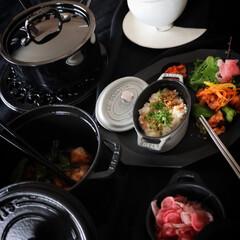 ピコ・ココット オーバル 11cm グレー (40500-116) | ストウブ(両手鍋)を使ったクチコミ「本日のおすすめキッチングッズは ストウブ…」