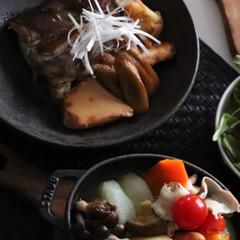 鯛のアラ煮/幸せおうちごはん/おうちごはん/グルメ/フード/鯛/... 幸せおうちごはんは、昨晩鯛のアラ煮をしま…(1枚目)