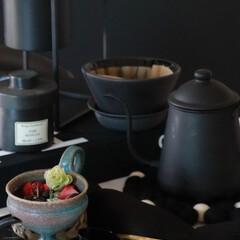 美味カフェ ステンレス製温度計付ドリップポット 1.1L | パール金属(ドリップポット)を使ったクチコミ「オススメキッチンアイテムは ブラック製品…」