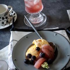 staub ストウブ 皿 デザート皿 中皿 セラミック 陶器 電子レンジ対応Ceramic Plate   STAUB(皿)を使ったクチコミ「今日はマンゴーがあったので マンゴーアイ…」(2枚目)