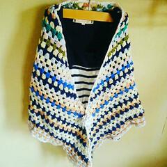 スヌード/ミクロ/かぎ針編み/編み物/ストール/ファッション/... カラフルな三角ストール👍ご購入、ありがと…