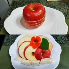 リンゴの切り方/皮ごとリンゴ/スターカット/一品 🍎のスターカット(*´艸`*)  真ん中…