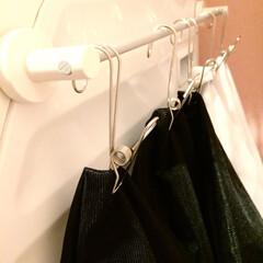 ワイヤークリップ/ハンギングピンチ/整理収納/洗濯ネット収納/洗濯ネット/100均/... 【うちの収納】 カビ予防。洗濯ネットを乾…
