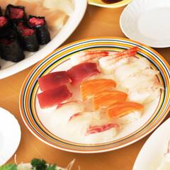 お寿司/おうちごはん/手作りお寿司/休日ごはん 月に一度の「お寿司の日」。 「とびだせ!…