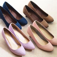 しまむら/靴/パンプス/プチプラ/ファッション ネイビー、ベージュ、ピンクのパンプスは、…