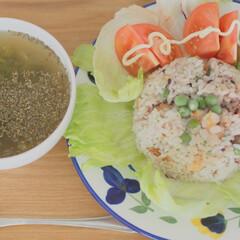 わたしのごはん/朝ごはん/チャーハン/野菜スープ/LIMIAごはんクラブ 夫が作ってくれた朝ごはん。シーフードチャ…(1枚目)