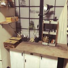 田舎暮らし/障子リメイク/寝室/アトリエ/リフォーム/DIY/... 寝室にある私の小さな作業机。大好きなリメ…