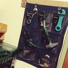 ラベル/カモイのマステ/おもちゃ収納/手描きラベル 息子のおもちゃ工具収納のウォールポケット…