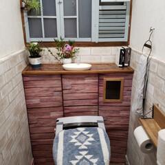 100均/リメイクシート/タンクレス風トイレ/コルクボード/トイレ/キャンドゥ/... 我が家もタンクレストイレになりました~ …(1枚目)