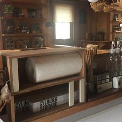 簡単リメイク/簡単DIY/小物/キッチンカウンター/キッチン/木工/... 我が家のラップ収納です!以前はラップは冷…