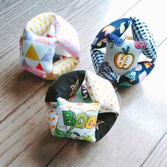 手縫い/ボール/にぎにぎ/おもちゃ/赤ちゃん/ハンドメイド 知り合いのマザーハウスから頼まれて作成し…
