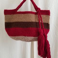 残り毛糸/ハンドメイド/編み物 中途半端な毛糸でミニバッグ👜 タッセル付…