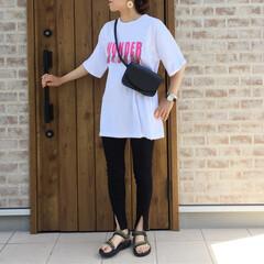 スキニーパンツ/ロゴT/Teva/夏コーデ/ママコーデ/ファッション LIPSTAR  さんのロゴTシャツ♡ …