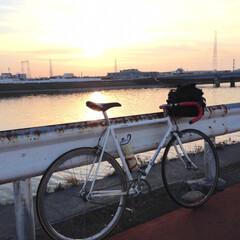 サイクリング/夕日/川/秋 大阪の大和川です。