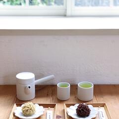 おやつ/栗/とらや/お茶/急須/おうちごはん/... 栗のお菓子はとらやの栗粉餅。上品で濃厚な…(1枚目)