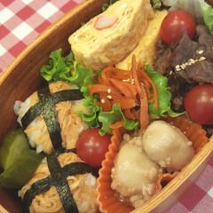 おべんとう/はりはりづけ/焼き肉/里芋/カニかま/玉子焼き/... 今日のお弁当 甘辛焼き肉、里芋のおぼろ煮…