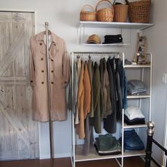 クローゼット/DIY/寝室/収納/ハンガーラック/ポールハンガー 寝室隅に新設したクローゼットスペース。 …