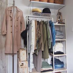 ハンガーラック/ポールハンガー/クローゼット/寝室/DIY/インテリア/... 寝室のクローゼットスペースの春物衣替え完…