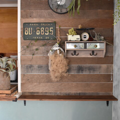 セルフリノベーション/キッチンカウンターDIY/LIMIAな暮らし/100均/DIY/キッチン雑貨/... DIYしたキッチンカウンター。残した板壁…