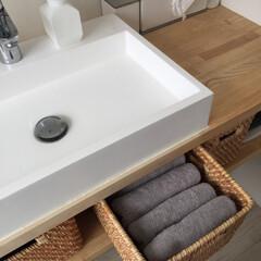 タオル収納/家事を快適に/生活の知恵/収納/家事アイデア/掃除アイデア/... 洗面で使うタオル。 家族それぞれが一日に…